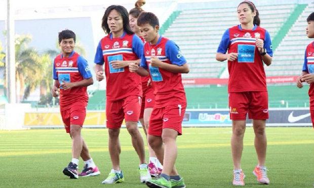 ′นิสา-กาญจนา′ นำทัพแข้งสาวไทยลุยศึกฟุตบอลโลก รอบสุดท้าย ที่แคนาดา