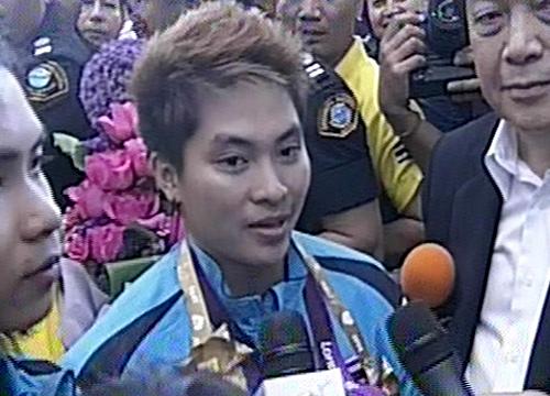 น้องแต้วเหรียญเงินโอลิมปิกเดินสายขอบคุณสื่อ