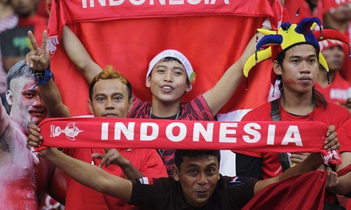 """คอมเม้นท์แฟนบอล """"อินโดนีเซีย"""" หลังชนะ """"เวียดนาม"""" 2-1"""