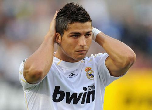 โรนัลโด้เปิดใจสื่อสเปนเริ่มไม่แฮปปี้กับชุดขาว