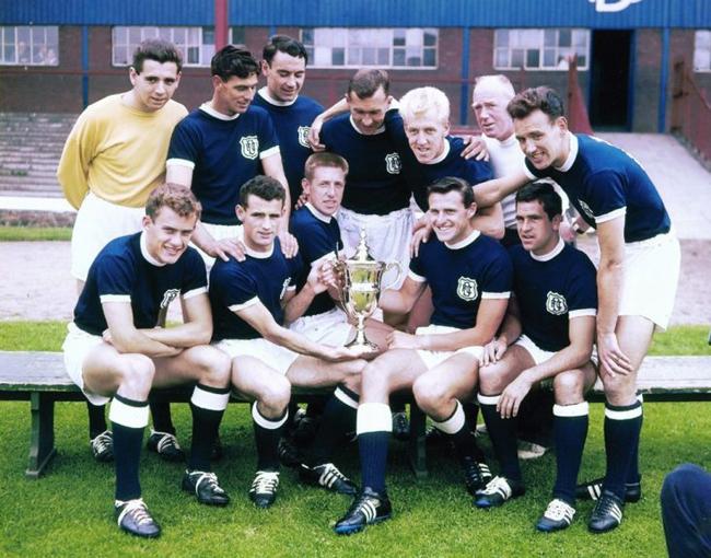 dfc-team-1962-cup-733x5