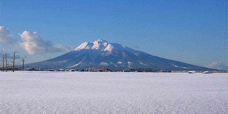 4 ภูเขาหน้าตาเหมือนฟูจิ